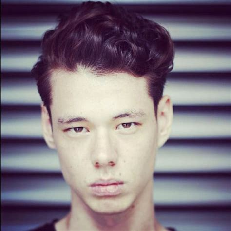 show me some scissor cut hairstyles for men fall 2015 men s hairstyle trends longer natural looking