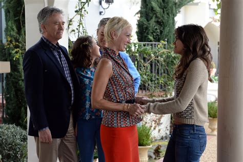 patrick duffy the fosters patrick duffy bailee madison kerr smith mia cottet