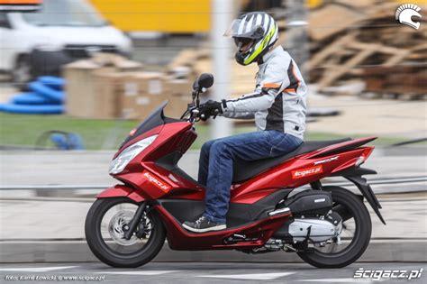 Suku Cadang Honda Pcx 125 zdjęcia jazda prosto honda pcx scigacz pl honda pcx125 2016 najlepszy skuter w miescie