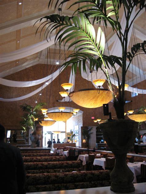 who owns brio restaurants hospitality brio bravo restaurants tec inc