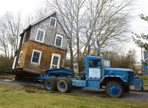 how to move a 120 year house
