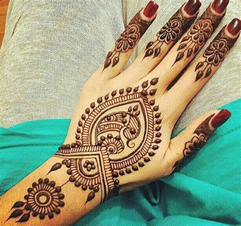 henna tattoo pflege mehndi henna on henna