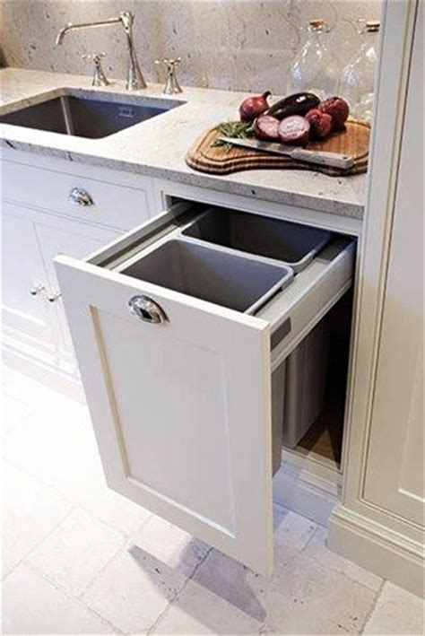 kitchen bin ideas best 20 shaker kitchen ideas on pinterest shaker