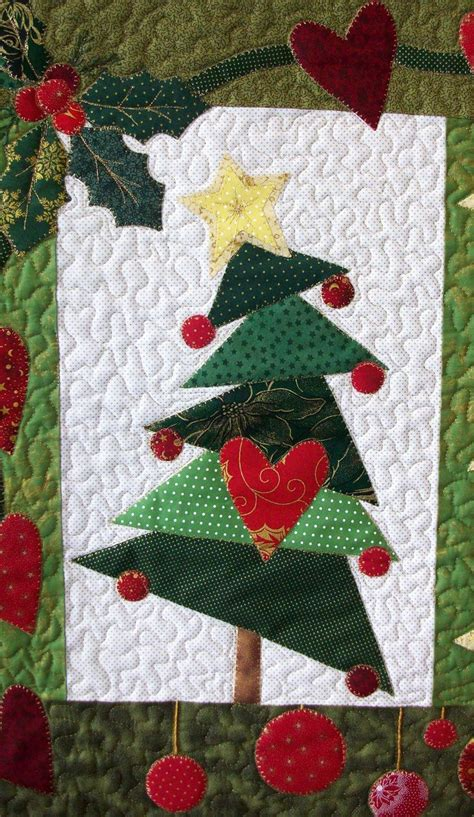 tree 3 star and heart christmas tree quilt block