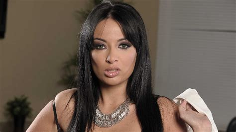 Anisa Spot anissa kate l actrice x r 233 pond au pique de seth gueko