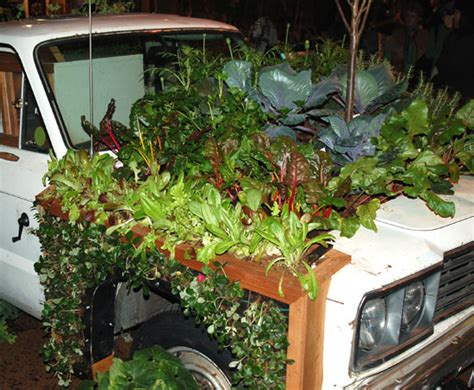 Top 20 Recycled Gardening Designs Raised Beds 10 Inspiring