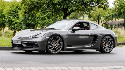 porsche cayman 2018 porsche cayman gts spied virtually undisguised