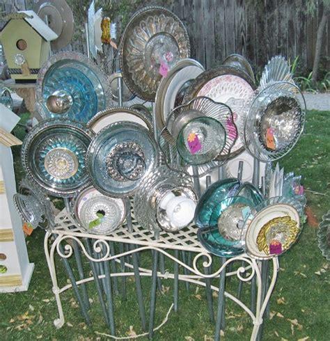 Tea Cup Plate Ideas Glass Garden Art Pinterest Glass Glass Garden Flowers
