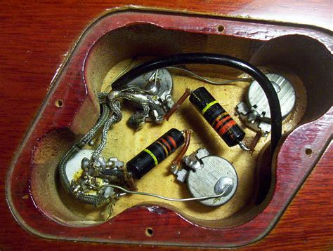 modern les paul wiring  untouched