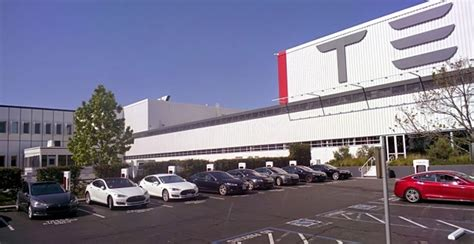 how many toyota dealers in usa you will be surprised to know how many tesla dealership