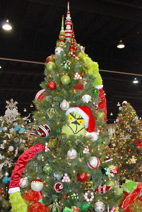 grinch who stole christmas themed tree christmas ideas