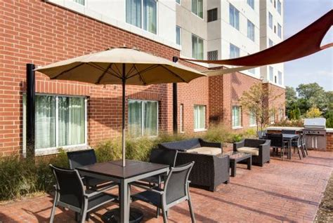 Patio Motel Chicago by Outdoor Patio Picture Of Residence Inn Chicago Wilmette
