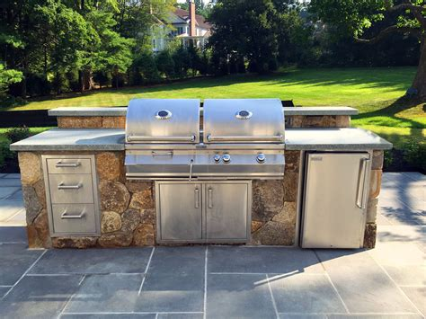 30 outdoor kitchens and grilling stations outdoor kitchens grill stations hoffman landscapes