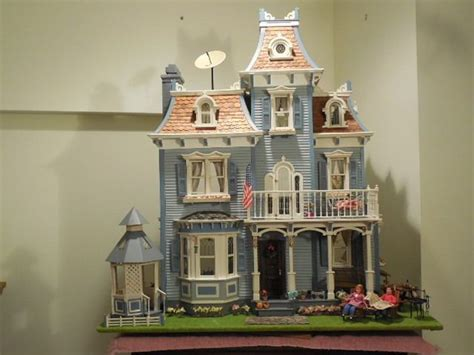 assembled doll houses 10 best images about dollhouse inspiration on pinterest miniature farmhouse