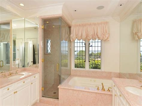 pretty bathroom ideas luxury master bathrooms luxury