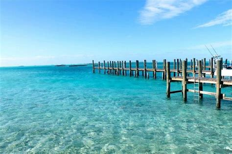 freedom boat club ta reviews the scenery the exumas are breath taking crystal clear