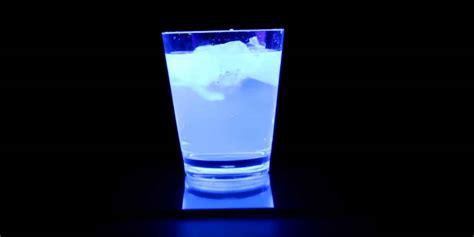 schwarzlicht le ᐅ tonic water schwarzlicht gintlemen