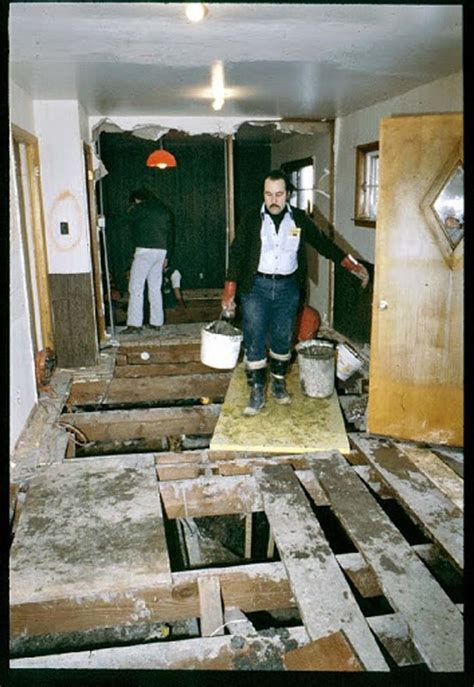 House Serial These Photos Show The Excavation Of Wayne Gacy S