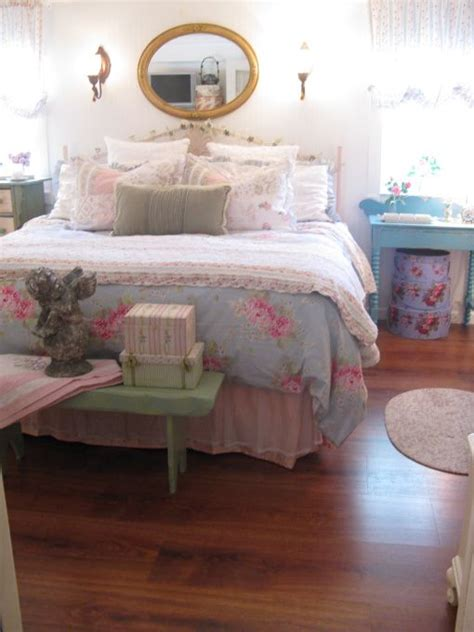 vintage rose bedroom ideas 34 best images about rose garden antique bedroom on