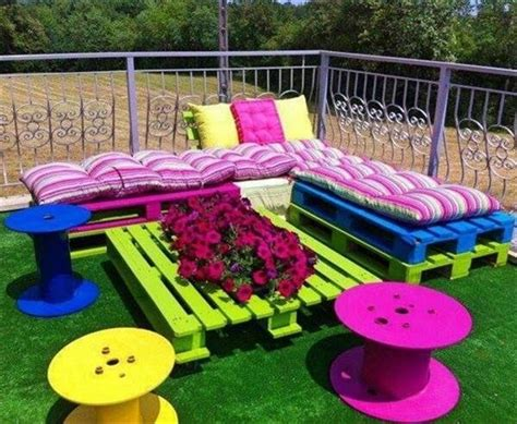 Colorful Patio Furniture 15 Diy Outdoor Pallet Sofa Ideas Diy And Crafts