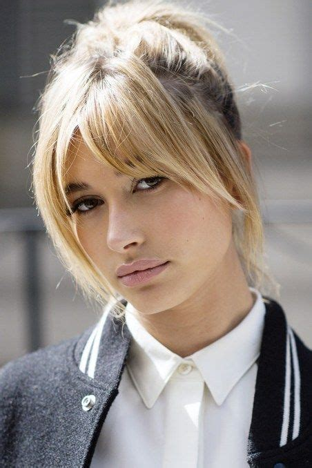hairstyles blonde fringe 36 times hailey baldwin s hair makeup stole the show