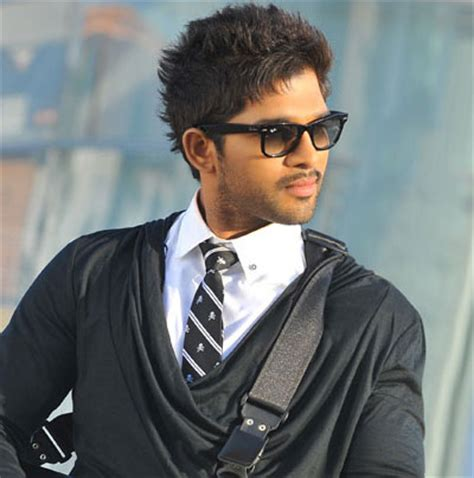 sarianodu movie images allu arjun sarainodu telugu movie release date fixed