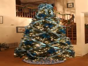 how to decorate with ribbon a tree decorating trees with ribbon