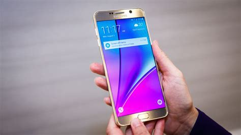 samsung galaxy note 5 review top end specs and stylus big screen rivals but you ll pay a