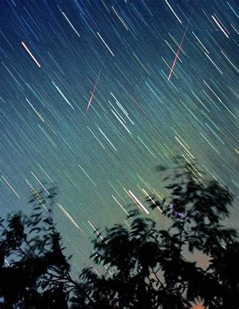Where In The Sky Is The Meteor Shower by Perseid Meteor Shower 2016 When To It And What Is