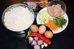 membuat nasi goreng dengan bahan sederhana kumpulan resep asli indonesia nasi goreng
