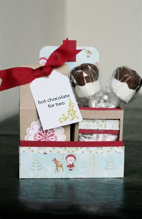 Handmade Secret Santa Gifts - exclusive free printables gifts and ideas