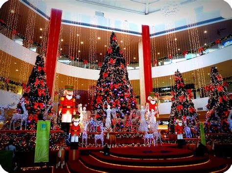 17 best images about christmas mall decorations on