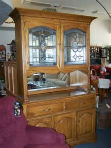 oak buffet and hutch with leaded glass doors cherry