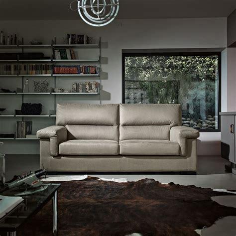 prezzi divani di poltrone e sofa poltrone e sof 224 artigianato made in italy a prezzi