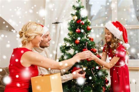 family christmas tree jarrettsville внимавајте вештачките новогодишни елки се опасни по живот сител телевизија