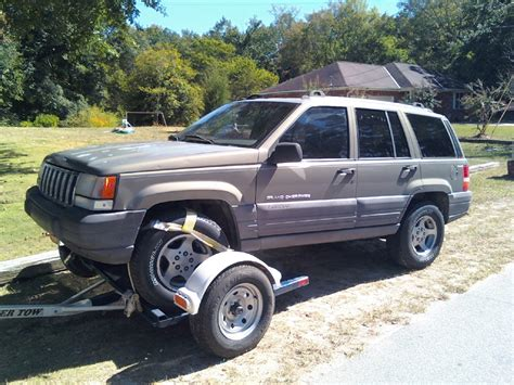 benenarmor  jeep grand cherokeelaredo sport utility  specs  modification info