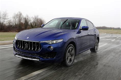 new maserati levante 2016 review auto express