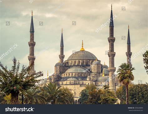Ottoman Islam Blue Mosque Istanbul Landmark Islam Stock Photo 335634005
