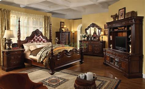 traditional bedroom sets traditional poster bedroom furniture set with leather