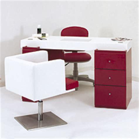 tavolo ricostruzione unghie usato vendita promozionale di tavoli usati riportati a nuovo per