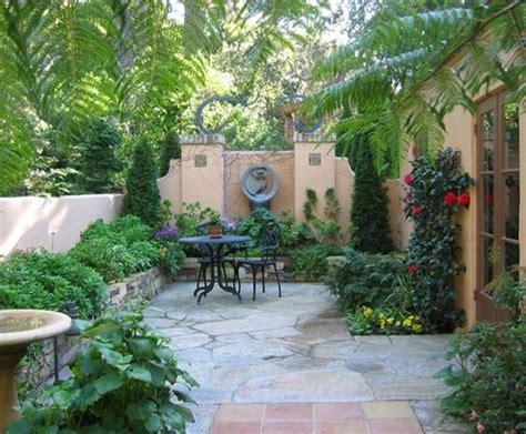 backyard courtyard ideas 25 best courtyards ideas on pinterest courtyard gardens