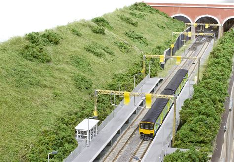 Craftsman Baseboard scenery nigel s mountains and modelling