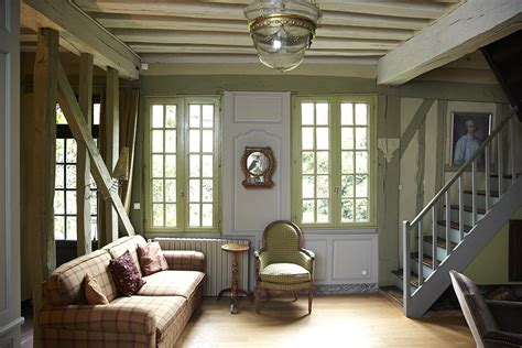 colonial living rooms colonial living room photos design ideas remodel and