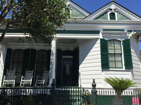 Behrman House algiers point walking tours and things to do