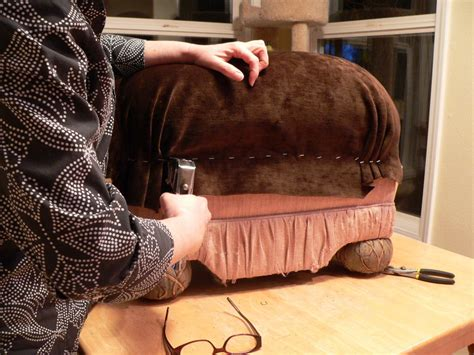 diy reupholster ottoman quick and simple diy reupholster ottoman editeestrela design
