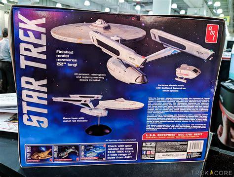 star trek official 2018 1785493868 toy fair 2018 round2 reveals new star trek model kits trekcore blog