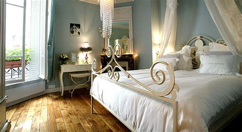 parisian bedroom 5 amazing parisian apartments you must see cuckooland blog