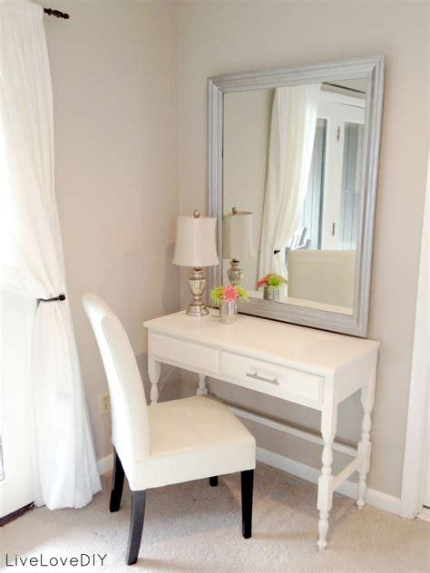 bedroom makeup vanity ideas livelovediy bedroom ideas how to decorate on a budget
