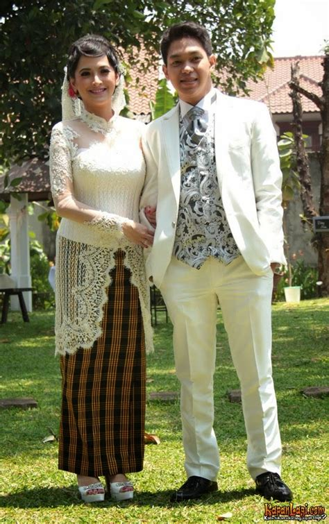 Foto Baju Jas Ggs 25 kebaya pengantin artis indonesia quot curi quot ide model kebaya nya gebeet