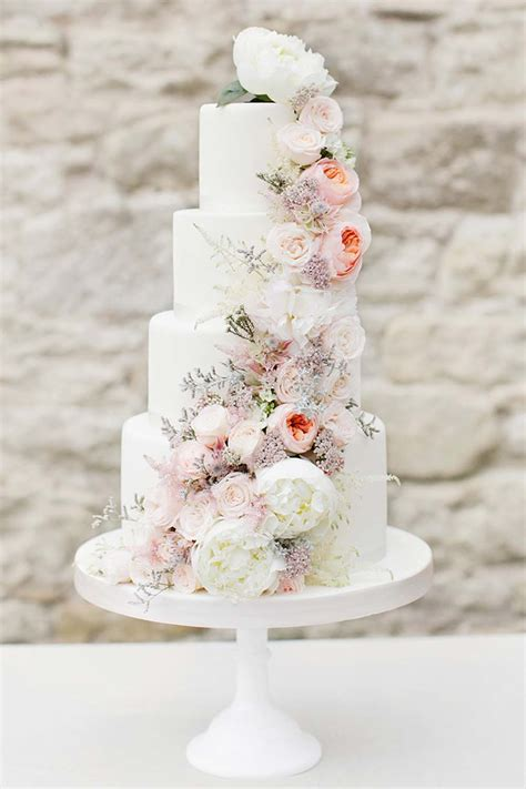 flower wedding cake picture fresh flower wedding cakes that could rival harry and
